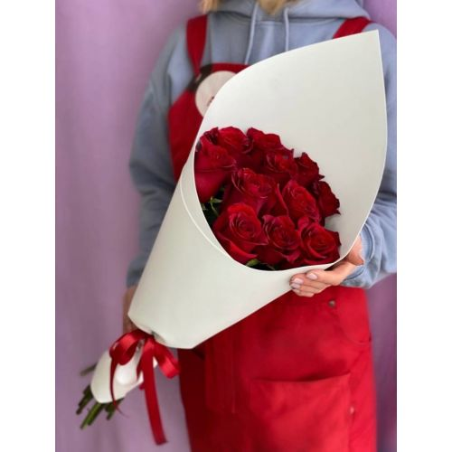 Купить на заказ Букет из 11 красных роз с доставкой в Таразе